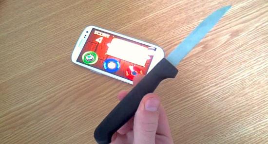 Fruit Ninja avec un vrai couteau sur le Galaxy S3