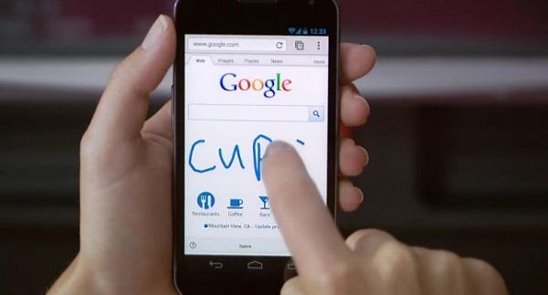La recherche manuscrite, un nouveau moyen d'utiliser Google sur votre smartphone et tablette