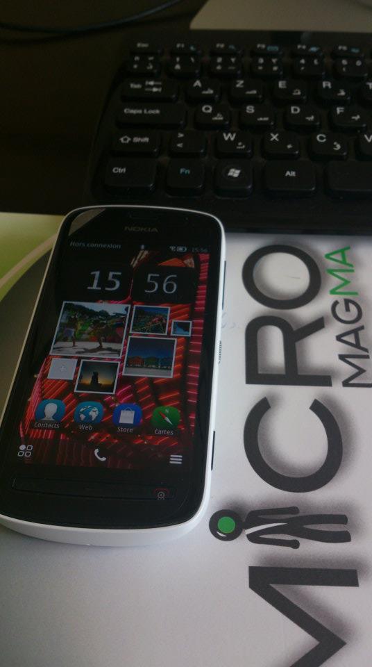 Nokia 808 2