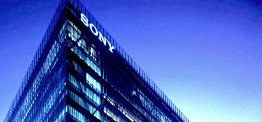 Sony Xperia ZR : processeur Snapdragon 600, écran 4,6 pouces et waterproof ?