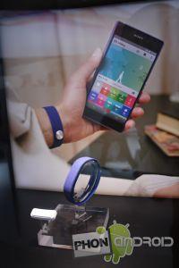 sony-smartband-19