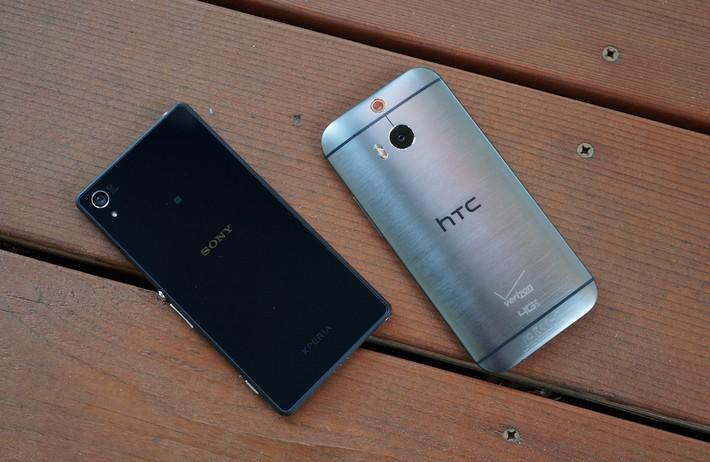 comparatif vidéo des écrans du HTC One M8 et Sony Xperia Z2