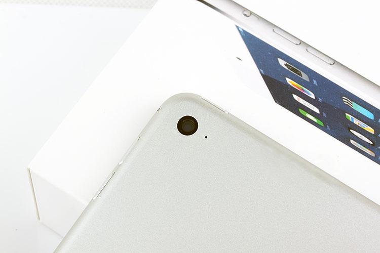 Apple iPad Air II - 7