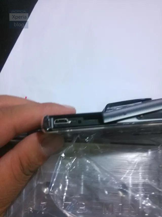 Xperia Z3 Compact micro usb
