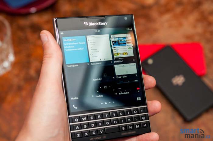 blackberry passport taille