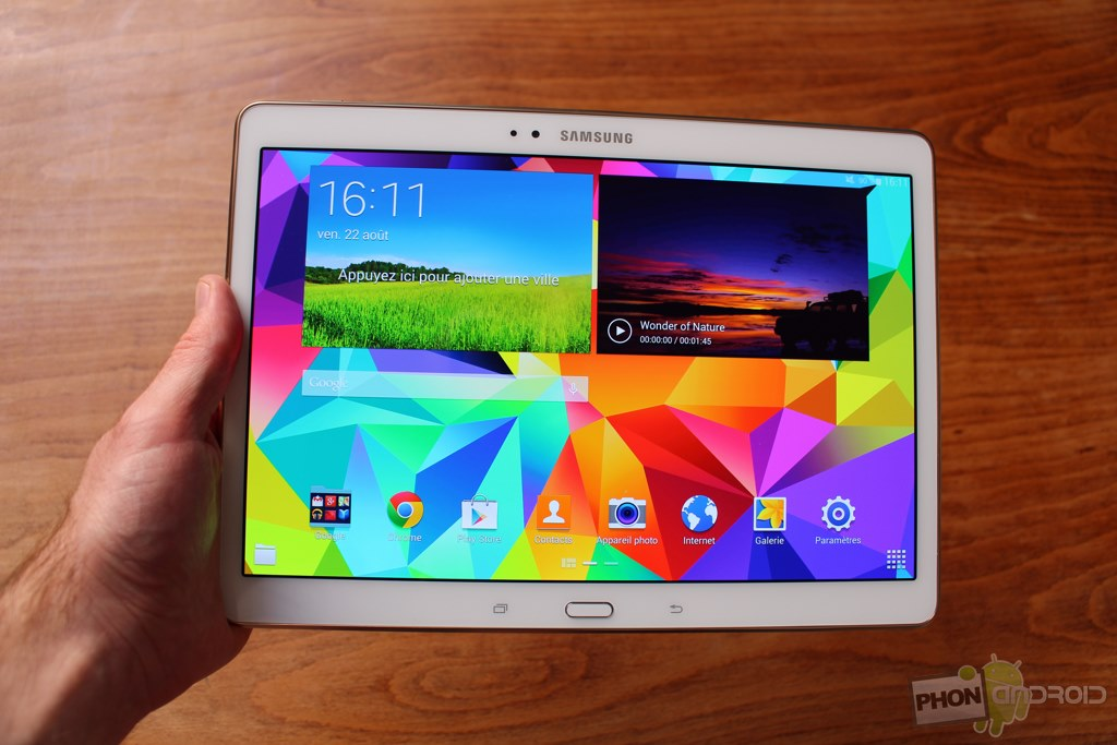 test samsung galaxy tab s 10 5 un cran amoled qui fait la diff rence. Black Bedroom Furniture Sets. Home Design Ideas
