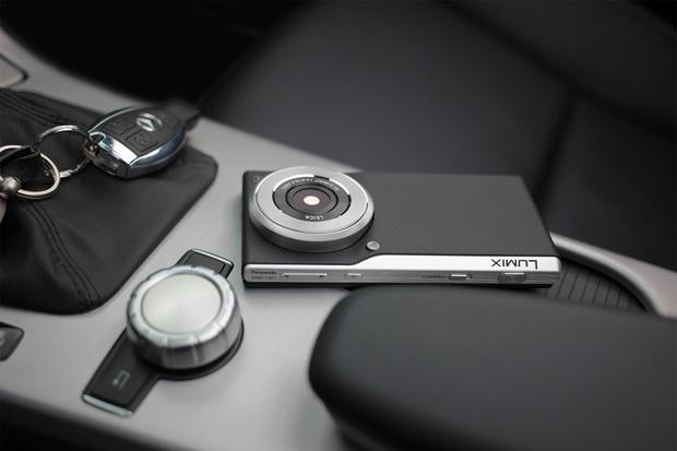lumix-dmc-cm1-panasonic-photophone