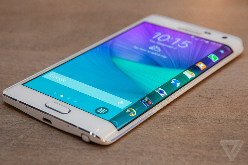 Samsung Galaxy Note Edge, la prise en main