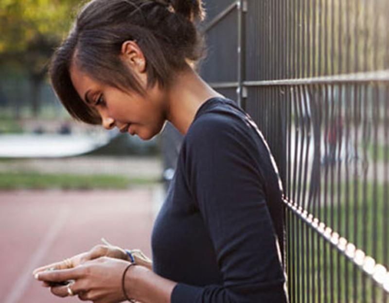 attention-utiliser-smartphone-dangereux-dos