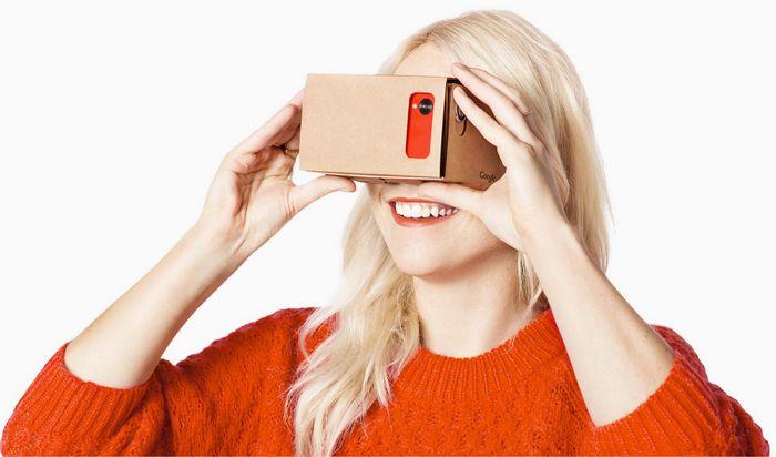 Le casque de réalité virtuelle Google Cardboard.