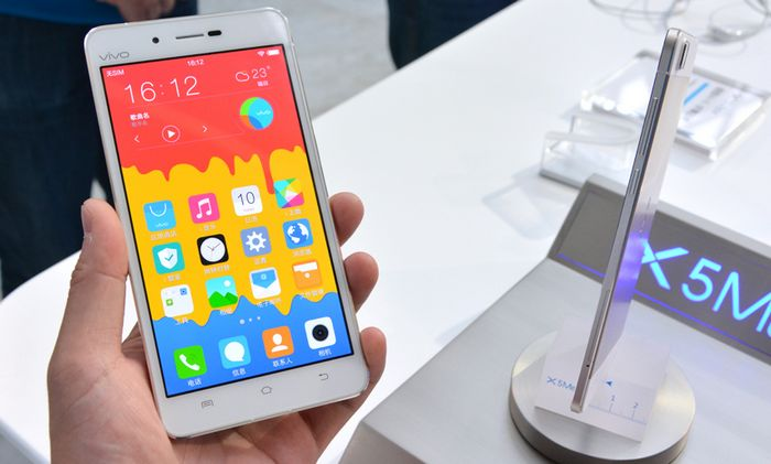 how to change a battery in 2014 blu vivo air