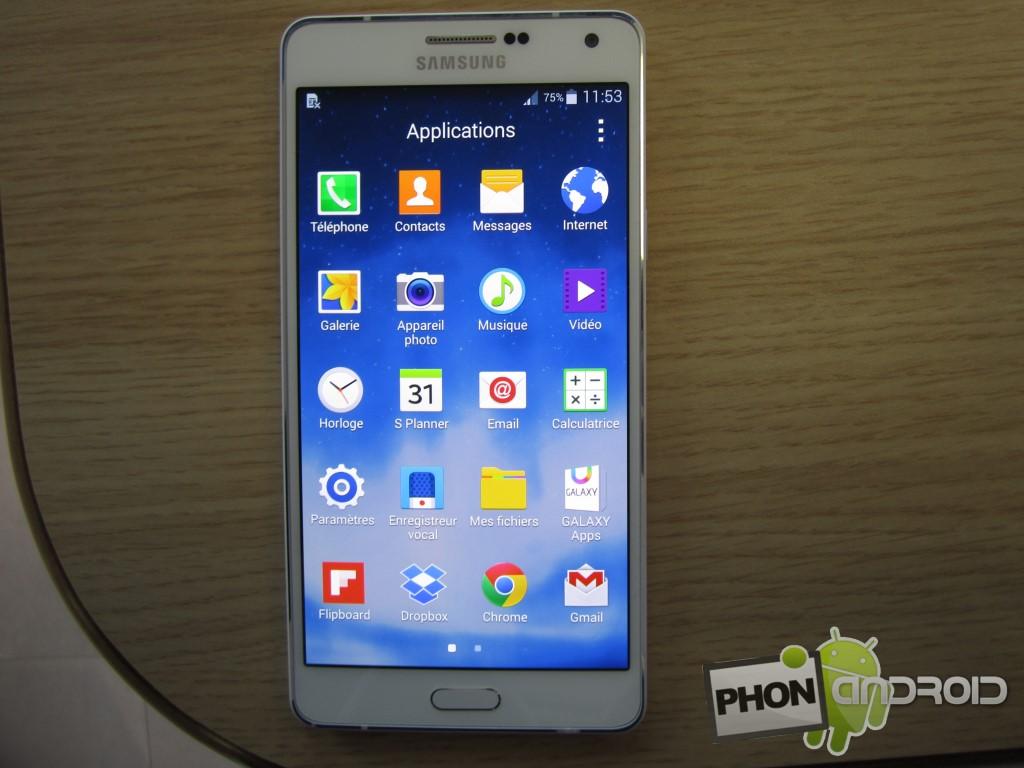 Galaxy A7 avec écran contrasté