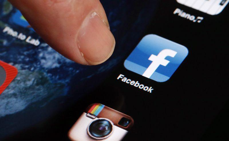 désactiver lancement automatique vidéos Facebook