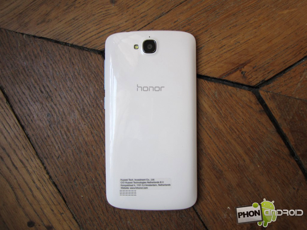 Huawei Honor Holly avec dos en plastique