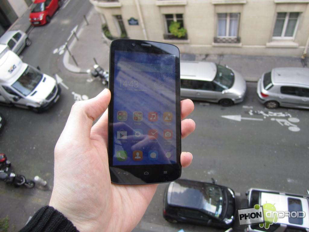 Huawei Honor Holly avec utilisation en extérieur