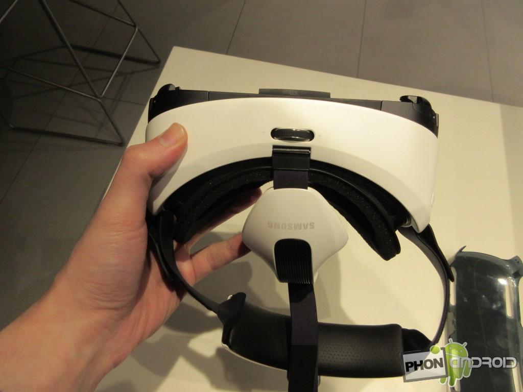 Le Samsung Gear VR est léger