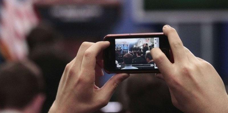 smartphone remplace ordinateur journalistes