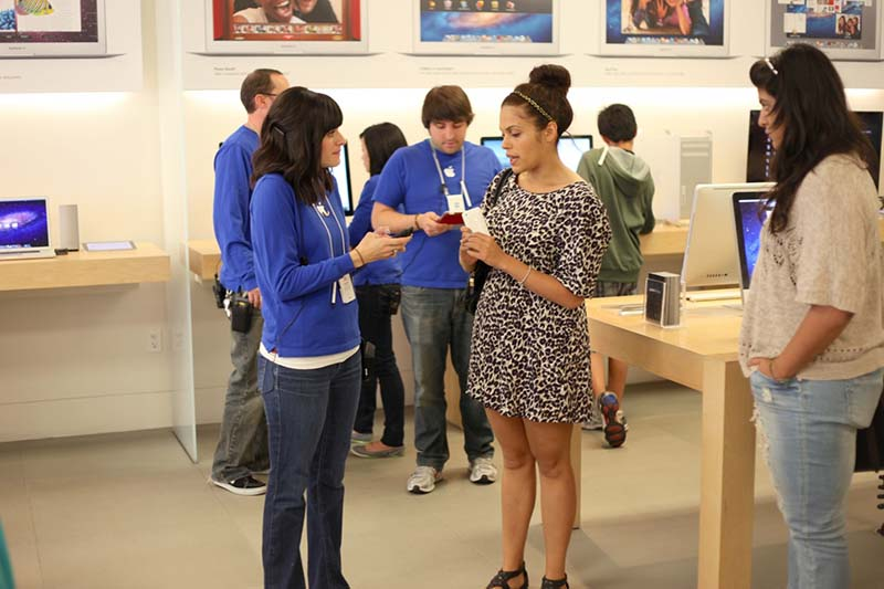 apple reprise smartphone android apple store