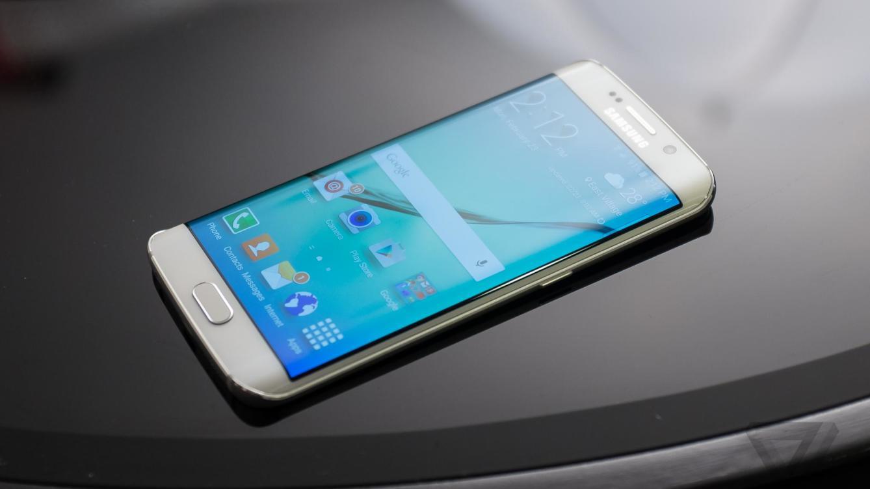 le galaxy s6 edge lu meilleur nouveau smartphone du mwc 2015. Black Bedroom Furniture Sets. Home Design Ideas