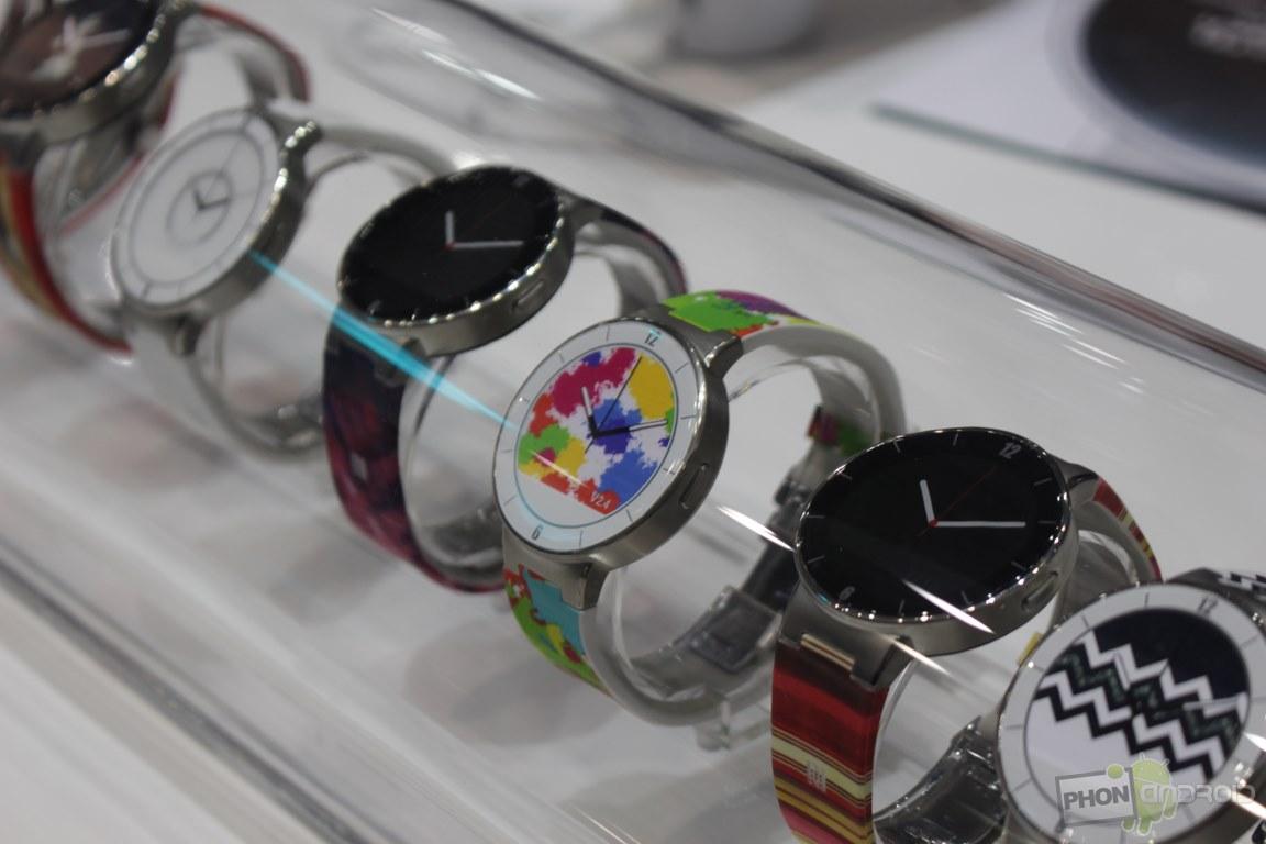 One Touch Watch, plusieurs bracelets