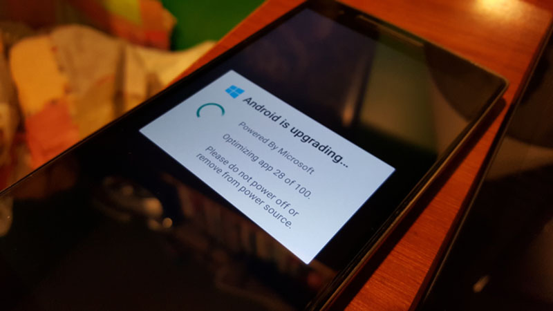 cyanogen microsoft nightly poisson avril