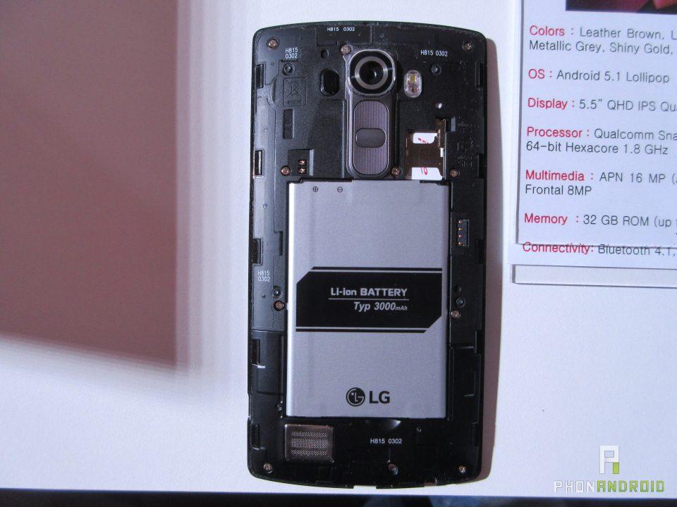 LG G4, coque enlevée