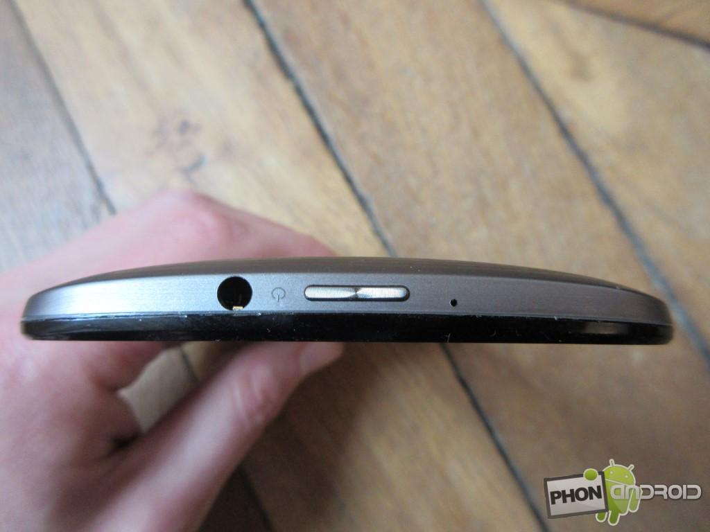 Zenfone 2, bouton Power avec le jack