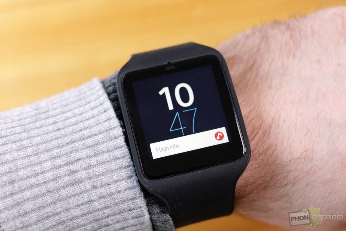 bon plan sony smartwatch 3 smartband talk