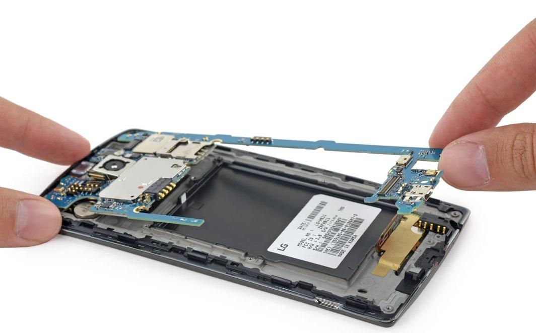 iFixit démonte le LG G1 (4)