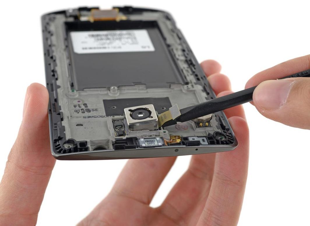 iFixit démonte le LG G1 (6)