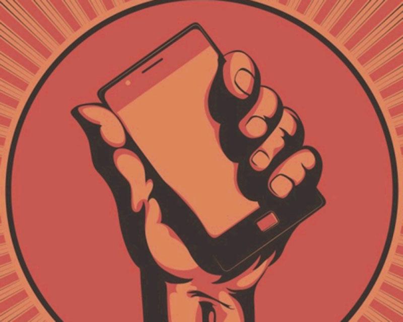 Vox Populi - Page 3 Smartphone-r%C3%A9volutionnaire