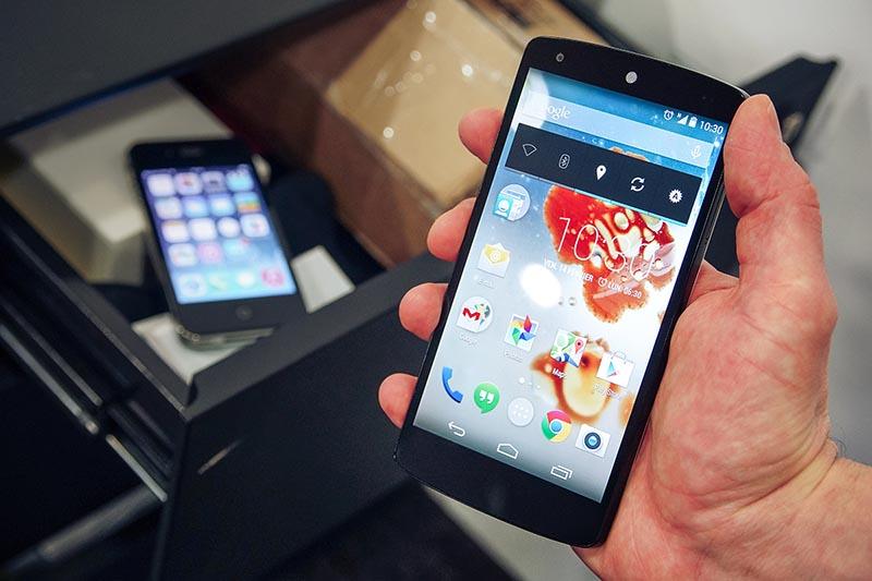 iphone fini nexus 5