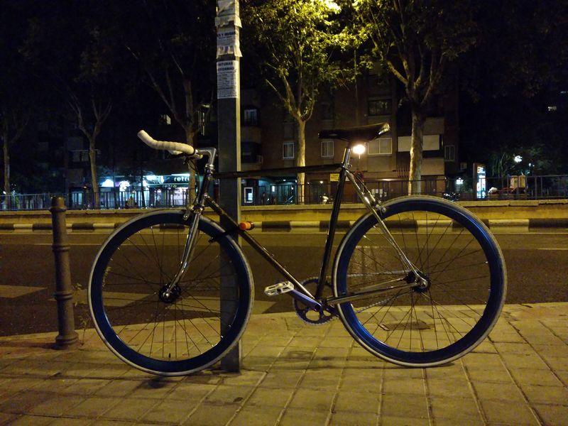 Moto X Style photo nuit