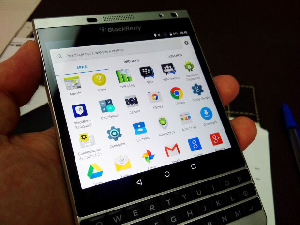 BlackBerry Passport Android