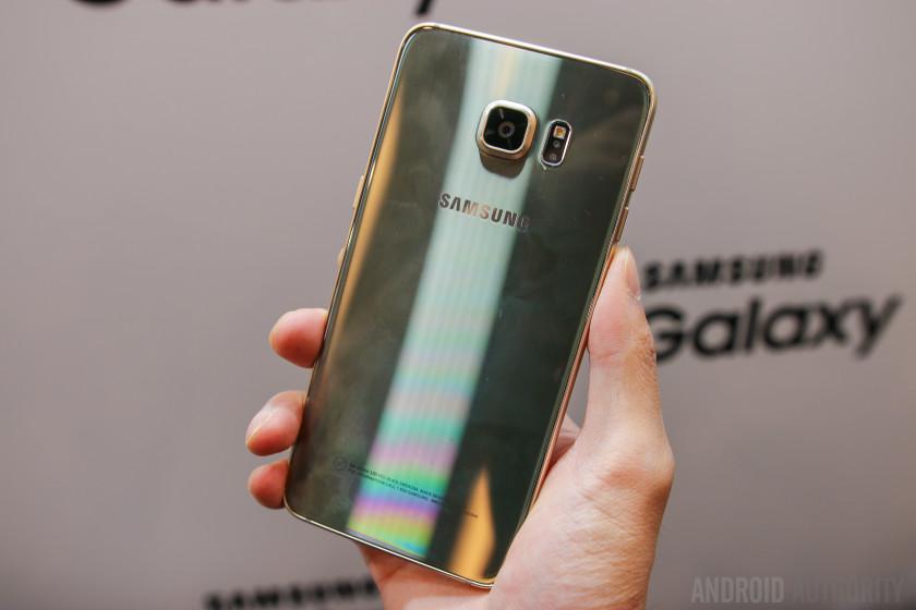 Prise-main Galaxy S6 Edge +