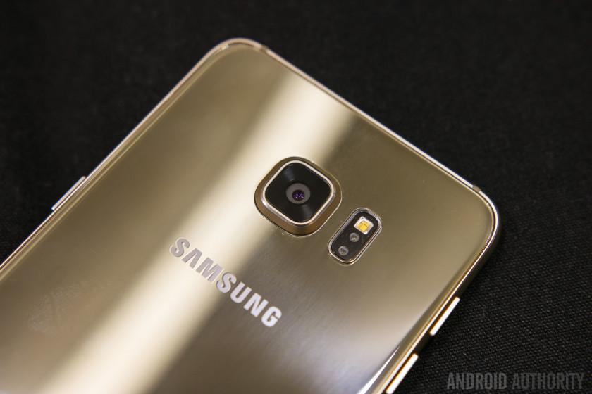 Prise-main Galaxy S6 Edge +  7