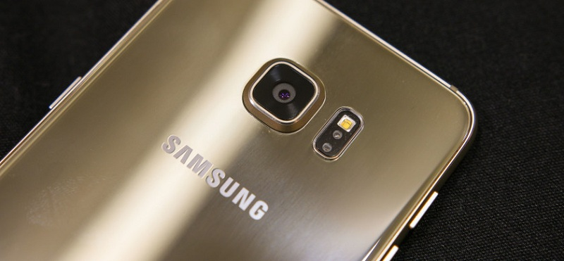 Samsung Galaxy S6 Edge Plus Prise main 8a