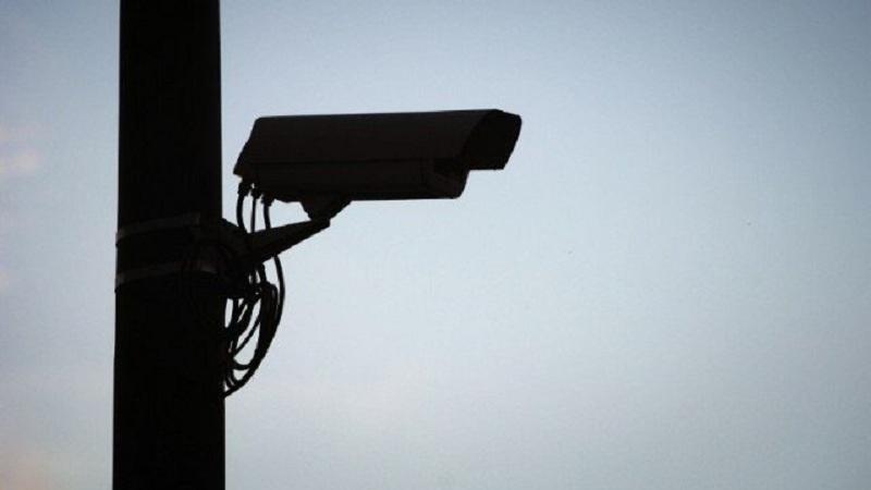 Camera surveillance route conduite telephone