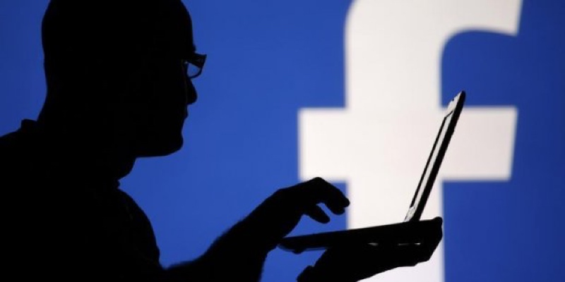 facebook exploitation donnees