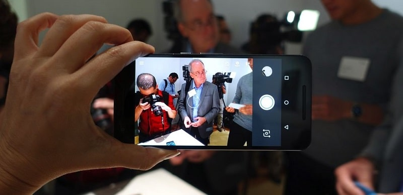 Nexus 6P prise main appareil photo
