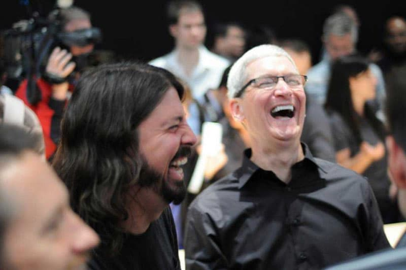 apple ecrase samsung tim cook