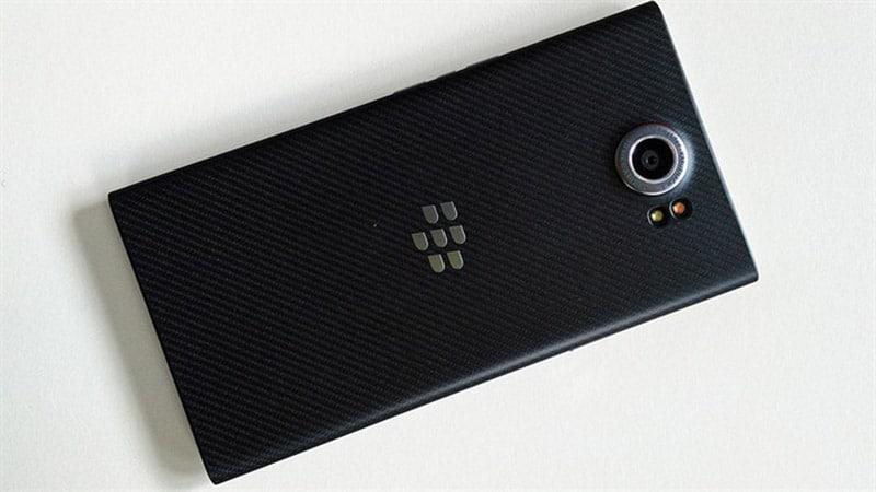 blackberry priv prise en main design