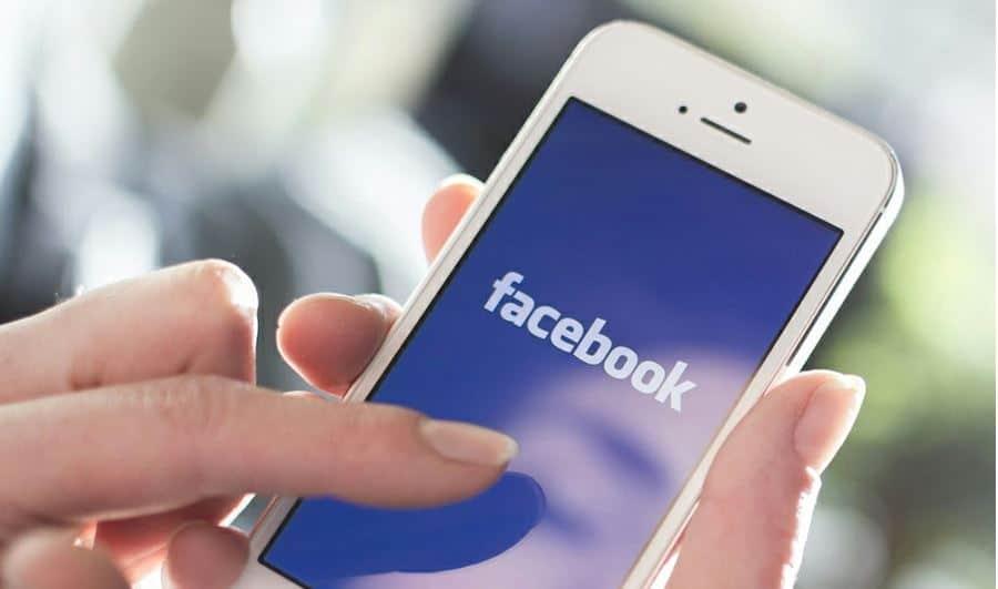 Facebook iPhone