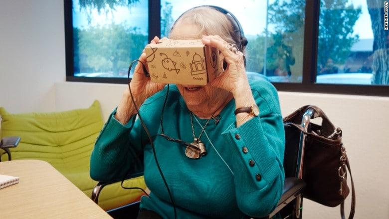 mamie 97 ans google cardboard