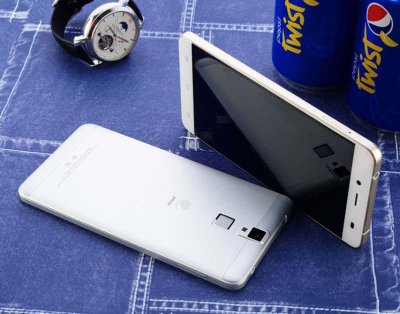 Pepsi-Phone-P1-smartphone-petillant
