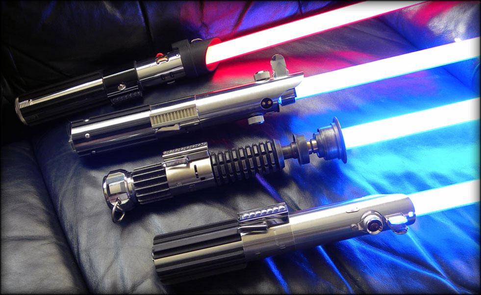 Un fan de Star Wars crée un vrai sabre laser, fonctionnel mais très dangereux !