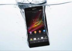 chargeur smartphone eau