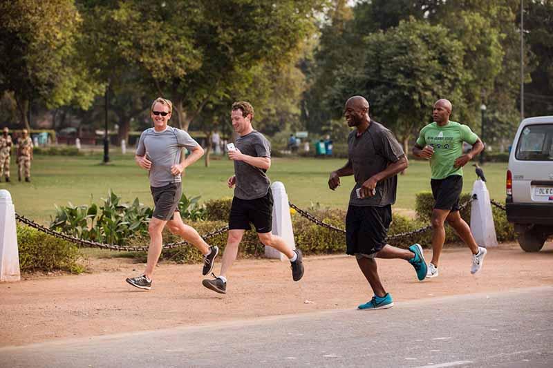 mark zuckerberg courir 365 miles