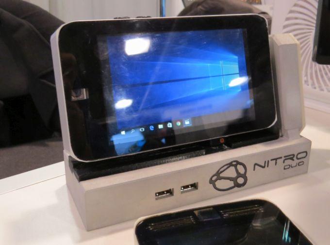 nitro duo pc smartphone