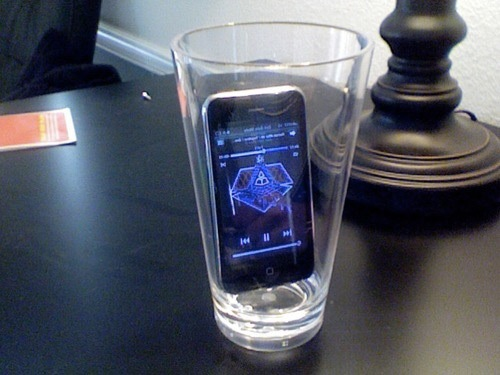 Smartphone verre haut-parleur